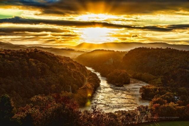 New River Sunrise by Harold Burnley (Pearisburg)