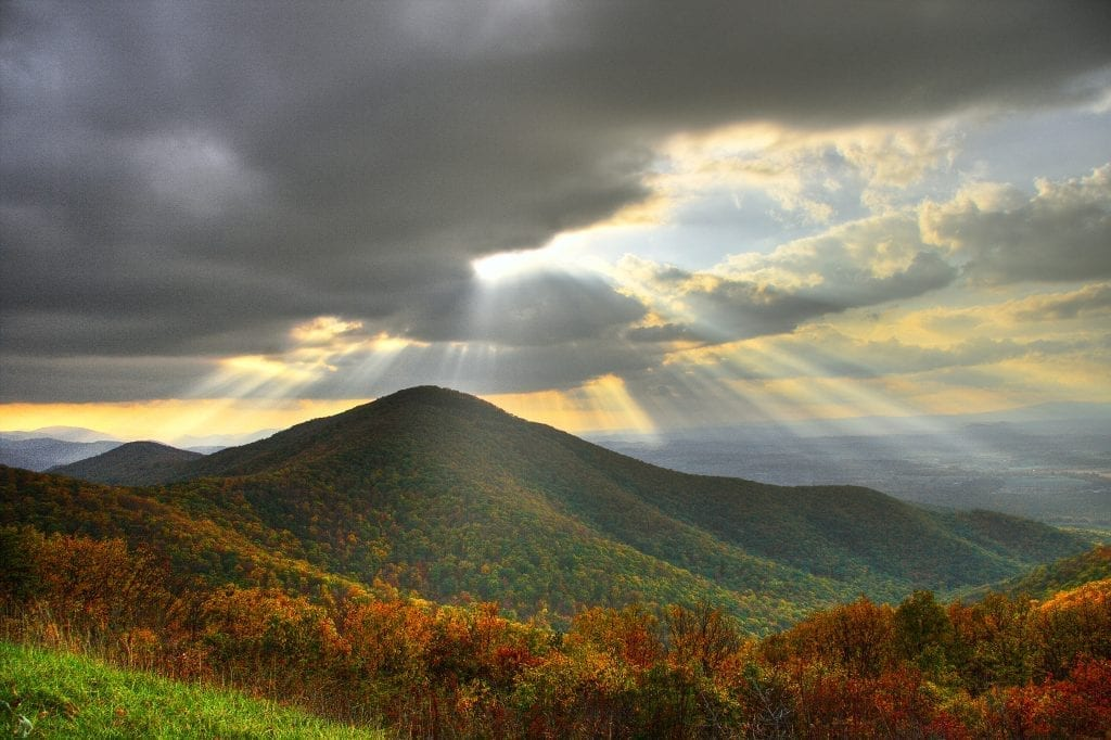 Best in Show Winner: View of Turk Mountain by Jesus Perez (Skyline Drive)